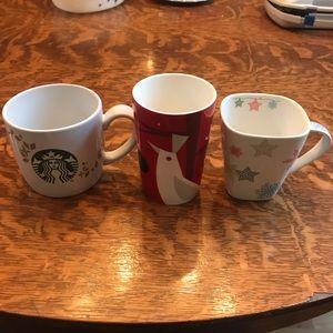 ☕️Bundle of 3 Starbucks Holiday Mugs